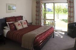 Accommodation at Maple Lodge, Wanaka